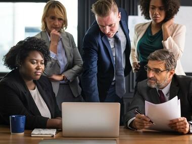 politica companiei privind întâlnirile la locul de muncă dominic și danielle dating